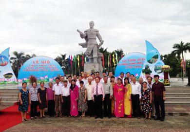(Tiếng Việt) LỄ GIỖ KỶ NIỆM 283 NĂM ĐỨC KHAI TRẤN MẠC CỬU